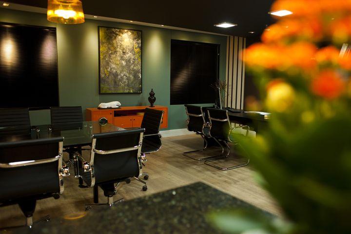 Projeto de Interiores Sala de Negócios: Cadeira Office OR-3301