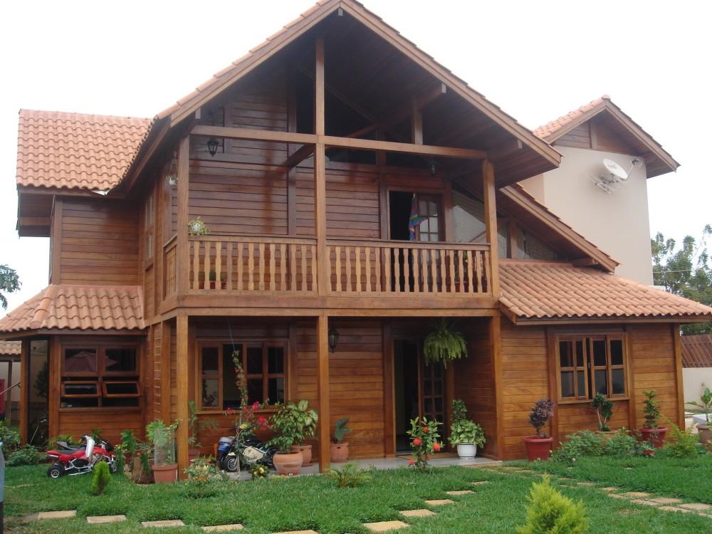 Casa feita em madeira - Decoração em Madeira