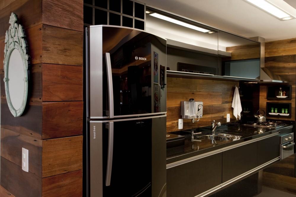 cozinha com revestimento em madeira - Decoração em Madeira
