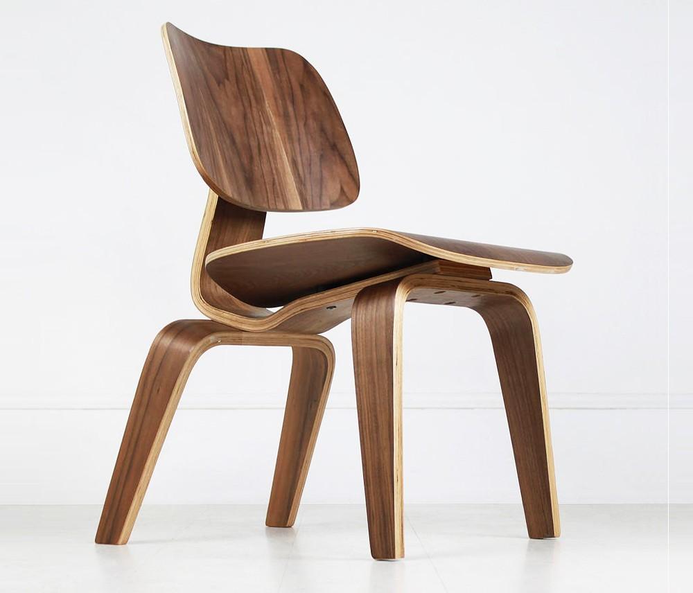 Cadeira Eames - Decoração em Madeira