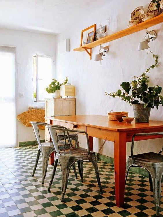 piso-xadrez-colorido-na-cozinha