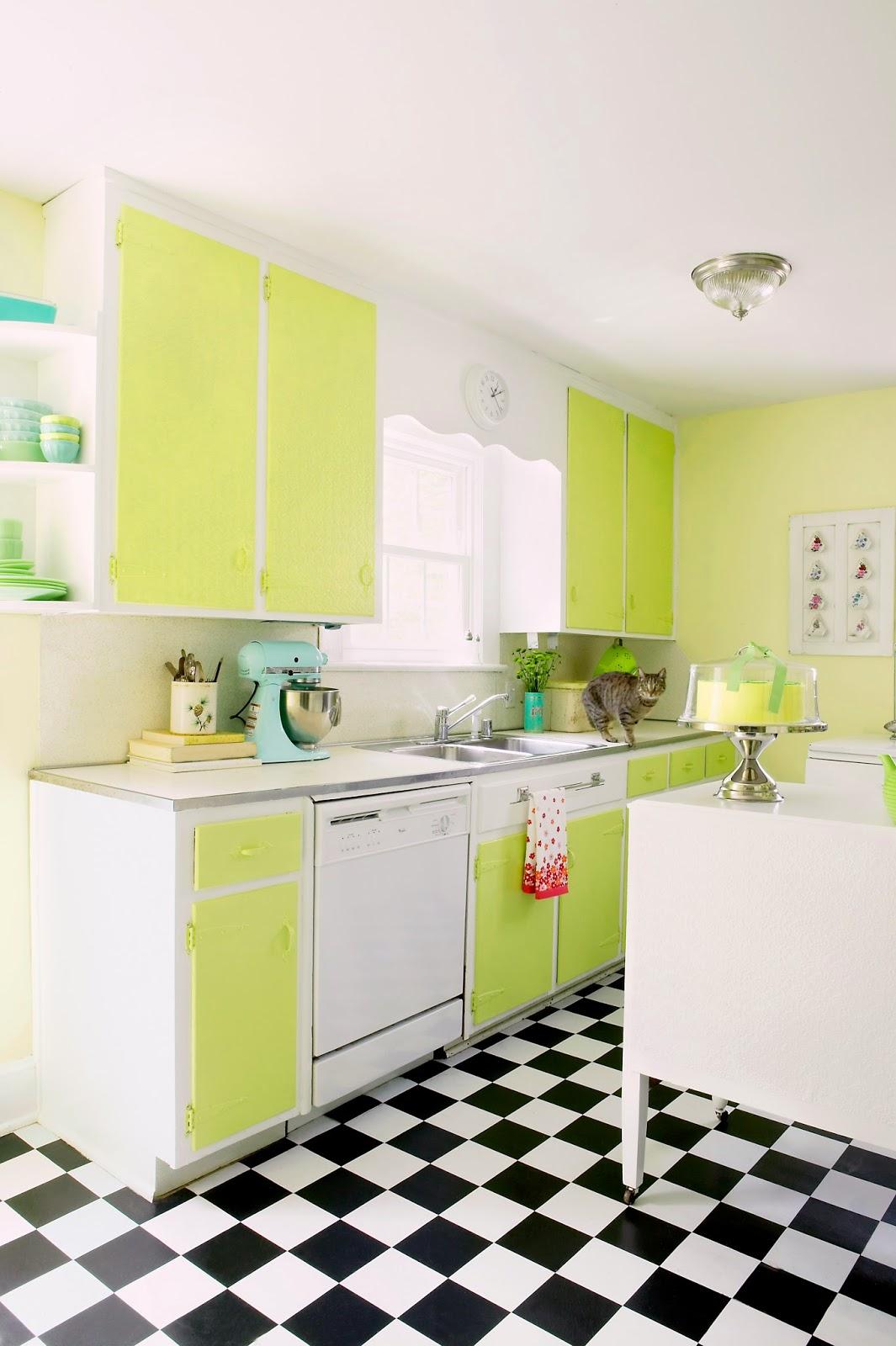 piso-xadrez-na-cozinha-colorida