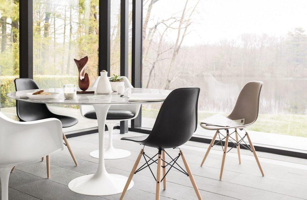 Cadeira Eames DSW e Mesa Saarinen