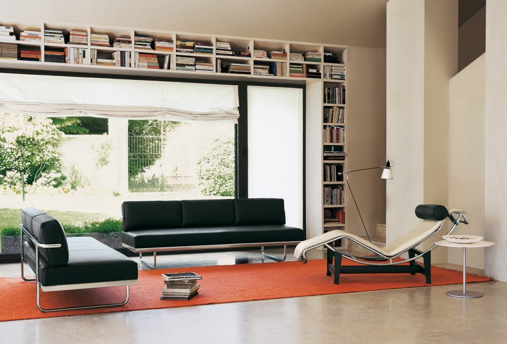Chaise LC4 na sala de estar