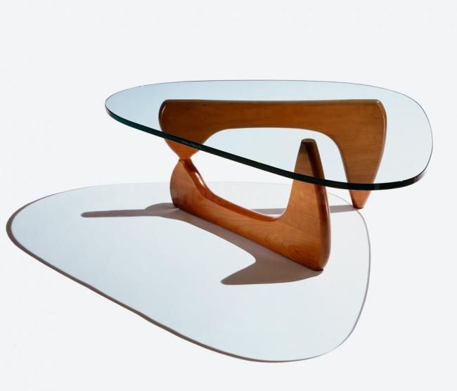 mesa noguchi fundo branco